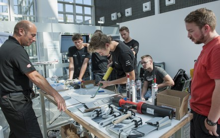 Automechanika_Workshop_2016_Kleben