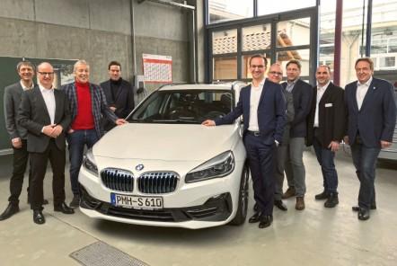 PMHS-BMW-bergabe-750x500